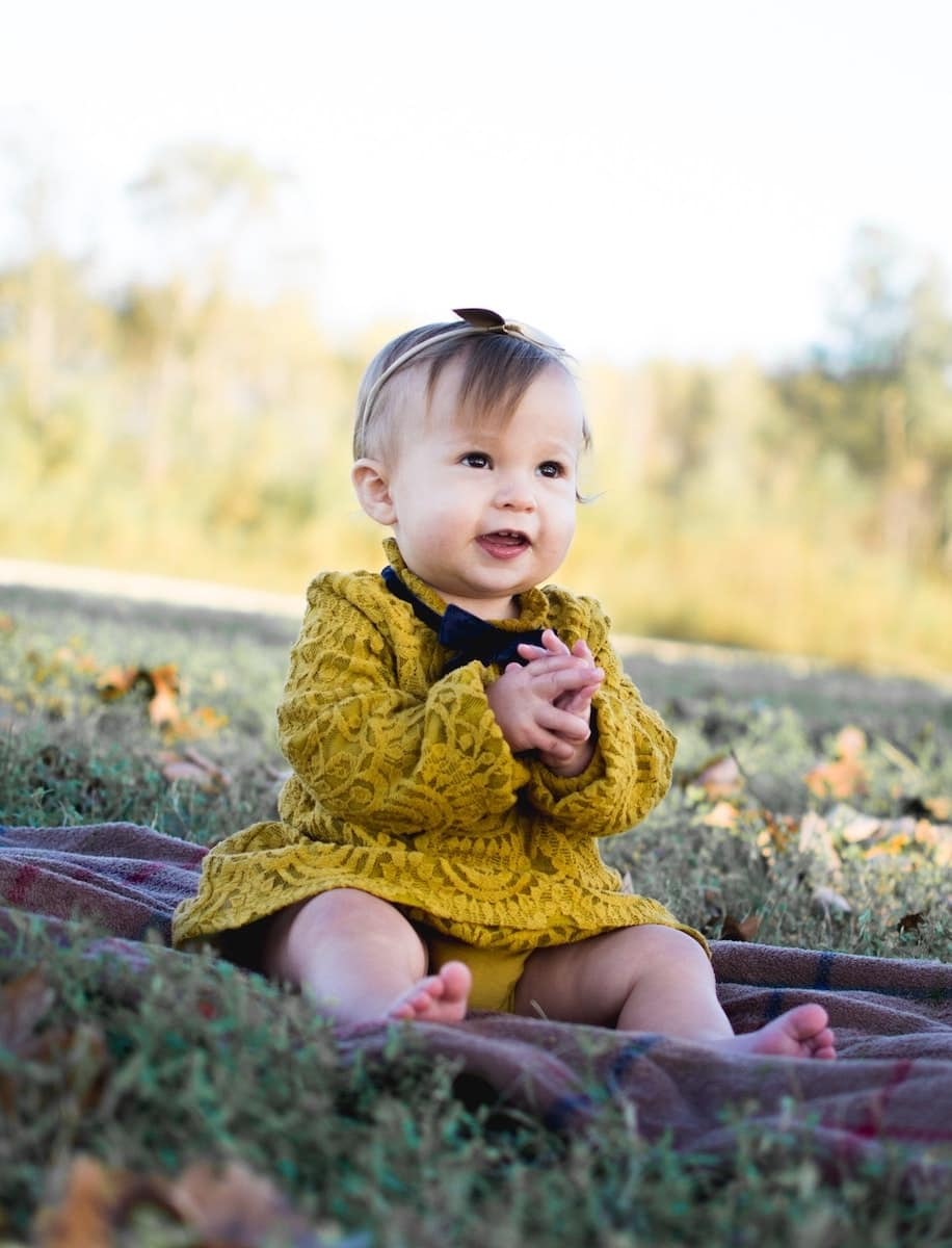 adorable-baby-baby-girl-713959